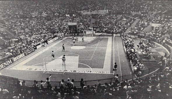 Перші міжнародні змагання з міні-футболу 1965 року
