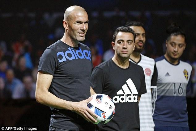 Adidas презентовал новый мяч EURO 2016 BEAU JEU