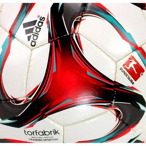 Футбольний м'яч Adidas Torfabrik Training Sportivo Ball, артикул: F93612 фото 2