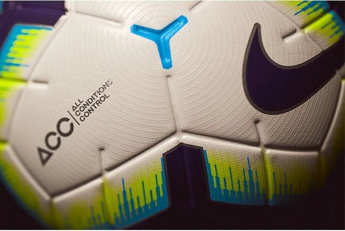 Футбольний м'яч Nike Premier League Merlin 100, артикул: SC3307-100 фото 1